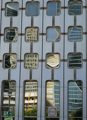 Grid of distorted reflections (Monceau) Tags: ladfense grid distorted reflections