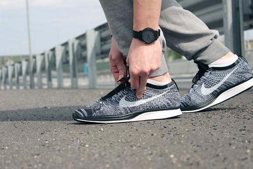 Nike Flyknit Racer Black/White 'OREO 2.0'