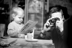 Self-portrait with daughter, Marguerite. - Mirepoix, Ariège, France (TMAX400) (Templar1307) Tags: selfportrait france me analog blackwhite marguerite tmax400 canona1 ariege mirepoix midipyrenees