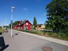 Railway Station (Kil.rathi) Tags: skandinavien norwegen larvik