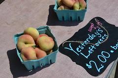 Humboldt County Fruitstand (Rob.Bertholf) Tags: fruits fruit humboldt farmers market peaches fruitstand humboldtcounty hydesville bestfarmersmarket