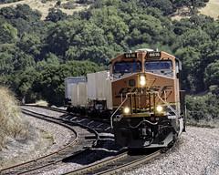 UPS Express (lennycarl08) Tags: bnsf burlingtonnorthernsantafe burlingtonnorthernsantaferailroad trains railroad california eastbay centralvalley