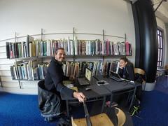 Photo de 14h - En train de blogger à la bibliothèque de Wellington  (Nouvelle-Zélande) - 16.05.2014