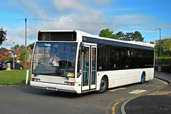 'Excel' at Shrewsbury College (MCW1987) Tags: bus coach shropshire trent excel optare gha l1150 v204enu