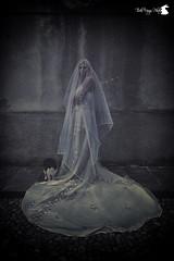 Presence (TsukiUsagi Photo) Tags: wedding woman sabrina castle girl night dark photo donna dress darkness ghost blonde presence tsuki castello ritratto fantasma notte usagi sposa ragazza buio valentina scuro bionda oscurit vestito spirito presenza vogogna baldin generelli