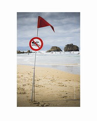 8915-2 (herv renaud) Tags: sea mer kite france art landscape photography eos surf fineart bretagne 64 sealand 5d kitesurf biarritz rivage ambiance atlantique sudouest eos5d pyrne saintlunaire hrenaudphotography herverenaud