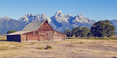 Mountain Barn (green2mm1) Tags: mormanrow grandtetons mountains barn classic nationalpark landscape homestead jackson hole settlers