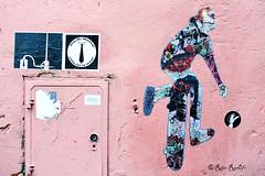 Roma. Trastevere. Street art by Mr.Minimal, K2m (R come Rit@) Tags: italia italy roma rome ritarestifo photography streetphotography streetart arte art arteurbana streetartphotography urbanart urban wall walls wallart graffiti graff graffitiart muro muri streetartroma streetartrome romestreetart romastreetart graffitiroma graffitirome romegraffiti romeurbanart urbanartroma streetartitaly italystreetart contemporaryart artecontemporanea mrminimal k2m 5toker poster posterart colla glue paste pasteup sticker stickerart stickerbomb stickervandal slapart label labels adesivi signscommunication kappa2emme trastevere