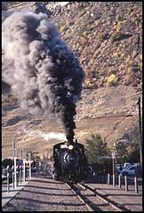 481 running through Durango (TrainsandTravel) Tags: usa étatsunis vereinigtestaaten narrowgauge voieetroite schmalspur durangosilverton durangosilvertonnarrowgaugerailroad durango colorado dsngr drgw k36 282