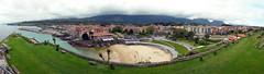 Llanes (carlinhos75) Tags: nikon pueblo asturias playa paisaje llanes paisajeurbano panormica p5000