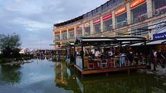 Viaport AVM Havuz (Yakup YILMAZ) Tags: landscape view drink istanbul avm havuz turkeytrkiye viaport sonya6000 alfa6000