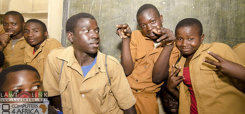 "Chilaweni school Blantye Malawi • <a style=""font-size:0.8em;"" href=""http://www.flickr.com/photos/132148455@N06/18576324061/"" target=""_blank"">View on Flickr</a>"