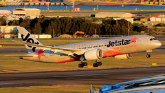 Jetstar Airways Boeing 787-8 Dreamliner VH-VKG (Mark Harris photography) Tags: spotting aircraft plane 787 yssy canon 5d
