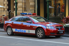 CI-300(AU), The Rocks, Sydney, September 14th 2014 (Suburban_Jogger) Tags: ci300 sc300 holden berlina nsw newsouthwalespoliceforce emergencyvehicle policecar pandacar bluelights patrolcar georgestreet therocks sydney newsouthwales september 2014 spring canon 60d 1855mm transport vehicle