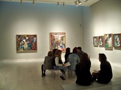 Spain (Barcelona-Picasso Museum) Discussion about his paintings (ustung) Tags: barcelona museum painting spain kodak room indoor picasso