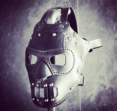 The wrestling mask is done. Tomorrow it will travel to Germany. #Cyberpunk #CyberGoth #postapocalyptic #postapocalypse #steampunk #steampunkmask #leathermask #handmade #LARP #dieselpunk #leather #Darkart #costume #luchadormask #respirator (tovlade) Tags: black girl face make up leather punk hand mask goth goggles made doctor cyber cybergoth cyberpunk plague larp steampunk postapocalyptic postapocalypse dieselpunk