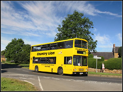 C3 CLN, Kislingbury (Jason 87030) Tags: morning school light sky woman signs green yellow kids lady clouds children nice pretty village view northamptonshire july sunny scene study transit northants operator leyland independant term decker campion olympian 2016 eductaion bugbrooke northamptonsire countrylion c3cln