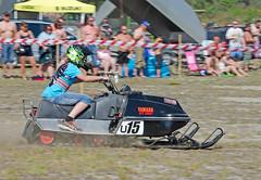 drag019 (minitmoog) Tags: dragrace grass dragracing sleds snowmobiles skoter veteran vintage lycksele