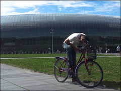 Strasbourg (Christian Lagat) Tags: galaxynote smartphone phone france strasbourg trainstation gare homme man vlo bicycle