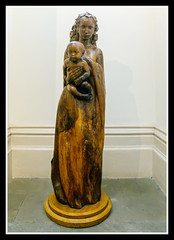 Statue (veggiesosage) Tags: nottingham nottinghamcastle fujifilm fujifilmx20 x20 museum statue