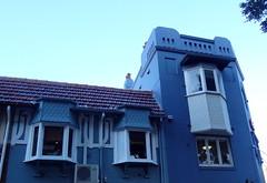 Blue house with bay windows (boeckli) Tags: windows fenster baywindows erkerfenster blue blau house haus gebude building buildingstructure outdoor manly sydney australia windowwednesdays newwallwednesday dwwg architecture architektur