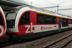Zentralbahn ZB Gelenktriebwagen ABReh 150 104 - 4 und 150 204 - 2 ADLER ( Alpiner dynamischer leichter eleganter Reisezug  7 - teilig => Triebwagen der Firma Stadler Rail ) am Bahnhof Interlaken Ost im Berner Oberland im Kanton Bern der Schweiz (chrchr_75) Tags: train schweiz switzerland suisse swiss eisenbahn zug mai zb christoph svizzera bahn treno schweizer berner berneroberland oberland suissa 2015 zentralbahn chrigu bahnen kantonbern chrchr hurni chrchr75 chriguhurni albumbahnenderschweiz chriguhurnibluemailch albumzentralbahn albumbahnenderschweiz201516 albumzzzz150522ausflugberneroberland albumzzz201505mai hurni150522
