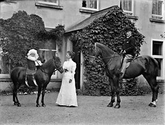 "Horses, hairdos and hats (aka ""the real McCoy"") (National Library of Ireland on The Commons) Tags: ahpoole arthurhenripoole poolecollection glassnegative nationallibraryofireland mrmccoy familygroup hat baby basket saddle horses limerickbybeachcomber therealmccoy mccoy locationidentified archibaldmccoy archibaldsmccoy maryhelenmccoy johnsheiljohnshill johnshill waterford saintgrellans horse"