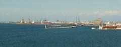 Port of Thessaloniki, Greece (skumroffe) Tags: portofthessaloniki port harbour harbor hamn thessaloniki greece grekland hellas ellada macedoniagreece greekmacedonia macedonia mellerstamakedonien makedonien