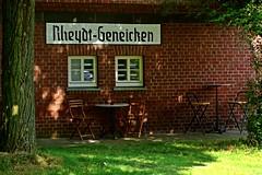 Bahnhuschen (ErnyRy) Tags: crossing keepers house outdoor architektur gebude erhard ernst erny rheydt mnchengladbach