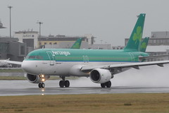 EI-DVJ A320-214 Aer Lingus (eigjb) Tags: ireland dublin irish airplane airport december aircraft aviation jet international airbus aer airliner 2012 a320 lingus collinstown eidw a320214 eidvj