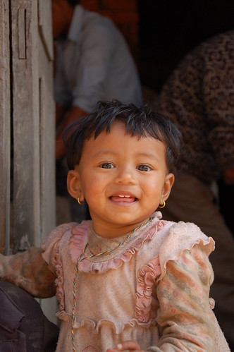 "d13 Bhaktapur, PAtan (32) <a style=""margin-left:10px; font-size:0.8em;"" href=""http://www.flickr.com/photos/125852101@N02/17687806089/"" target=""_blank"">@flickr</a>"