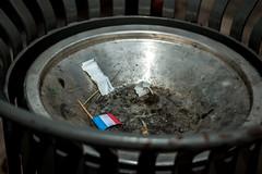 """Libration"" (LVAPC - Tifenn Ponsson) Tags: drapeau france libration poubelle"