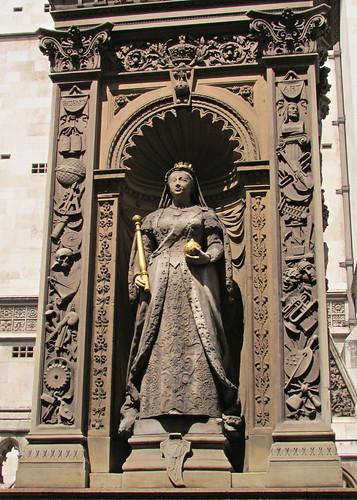 Queen Victoria, Temple Bar, London, England