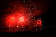 Feux de Genve 2016 (JBGenve) Tags: genve geneva suisse switzerland fireworks feuxdartifice jetdeau ville city sky ciel nuit night extrieur