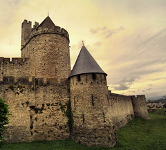 Chateau Comtal (elyes djazz) Tags: voyage road trip travel panorama france collage spain tour photos shots sony cit large panoramic copper fortification chateau mur carcassone merge creations murailles merges spheric donjon djazz comtal elyes jaziri fortifie elyesdjazz jazirielyes