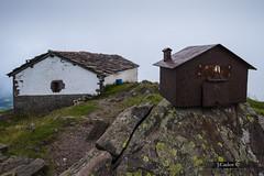 What is bigger (JCarlos.) Tags: mountain arquitectura oxido montaa arquitecture ermita buzn piedra hierro mendaur