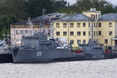 Sonya and Lida Class (Kev Gregory (General)) Tags: pair minesweepers moored kronstadt military seaport kotlin island saint petersburg russia sonya class minesweeper project 1265 bt260 515 hunter coastal harbour work wooden hull lida cass 10750 rt 57 316 detect sweep destroy mines glassreinforced plastic grp reserve gulf finland federation navy naval kev gregory sigma bigma 50500 50 500 navigator of the seas royal caribbean canon 7d