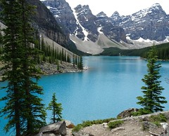Moraine Lake (beesquare) Tags: morainelake banffnationalpark alberta canada mountains valleyofthetenpeaks