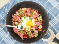 Steak & egg breakfas (alaridesign) Tags: steak egg breakfast skillet with sauteed radishes carrots radish green pesto sundaysupper