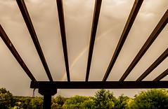 Contrastes.jpg (JOSSUKO) Tags: airelibre arcoiris lapizarrera paisajescontrastes pergola nubes