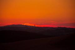 Crete9 (stefanocalvani92) Tags: tramonto siena cretesenesi toscana sky shapes