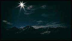 _SG_2016_07_9025_IMG_2107 (_SG_) Tags: schweiz suisse mountain peaks berg berge bergmassiv natur nature landschaft landscape sky himmel mountainpeak mountainpeaks rock fels rocks felsen bahn railway schilthorn piz gloria pizgloria 007 jamesbond james bond nebel fog berner voralpen bernervoralpen luftseilbahn summit bernesealps cable car cablecar eiger mnch jungfrau skyline thrill