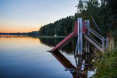 Luisu (tomi.wahlroos) Tags: hmeenkyr vesi jrvi water lake landscape sky sun sunset set slide waterslide