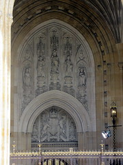 IMG_5865 (Autistic Reality) Tags: london uk unitedkingdom britain greatbritain unitedkingdomofgreatbritainandnorthernireland england architecture building structure greaterlondon innerlondon housesofparliament city westminster cityofwestminster palaceofwestminster palace parliament government capitol governmentbuilding seatofgovernment legislature charlesbarry augustuswelbynorthmorepugin augustuspugin sircharlesbarry tower victoria queenvictoria qvr victoriatower
