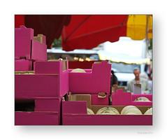 """Des fruit et des couleurs hors saison • <a style=""""font-size:0.8em;"""" href=""""http://www.flickr.com/photos/88042144@N05/17639648224/"""" target=""""_blank"""">View on Flickr</a>"""
