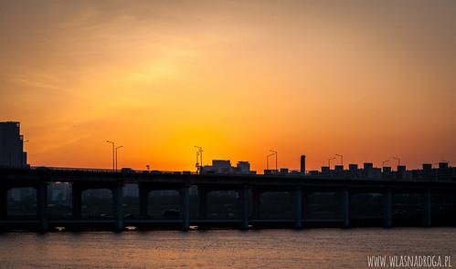 Zachód słońca nad Seulem