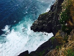 (Ruby L9) Tags: rock landscape sea waves cliffs coast