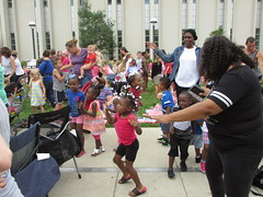 Jim Gill Renowned children's musician had everybody dancing, singing, and having an all-around good time at this outdoor concert at the Main Library! (ACPL) Tags: fortwaynein acpl allencountypubliclibrary children kids families jimgill mainlibrary srp summerreadingprogram 2016