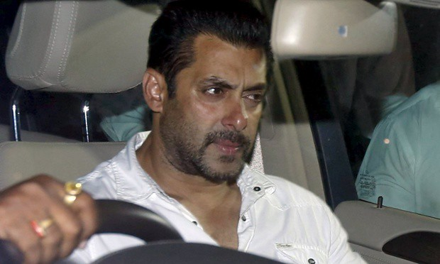 Salman the influx of getting home, arrived after Aamir Raj Thackeray