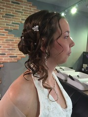 """Coiffure mariée • <a style=""""font-size:0.8em;"""" href=""""http://www.flickr.com/photos/115094117@N03/18608649851/"""" target=""""_blank"""">View on Flickr</a>"""